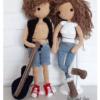 Lala Ella i Aleks to wzory na lale na szydełku, dostępne na stronie Lulu and Tete, w technice amigurumi, do wykonania w domu, schemat ze zdjęcia pochodzi z książki Szydełkowe lale proste i śliczne - 15 projektów amigurumi
