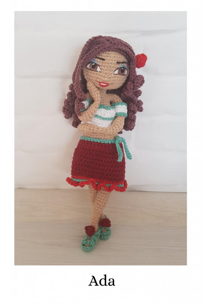 Wzór na lalę na szydełko - schemat amigurumi - jak zrobić pierwszą lalę, zawiera opis krok po kroku wykonania lali Ania, miss Lata, z wieloma dodatkami - jednorożcem, sukienkami, sandałami, realistyczna lala z drucianym stelażem, schemat uczy, jak zrobić haftowane (wyszywane oczy)