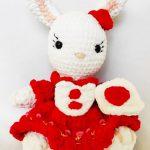 Wzór na królicza - (króliczki) zrobionego na szydełku - prosty schemat krok po kroku, na szydełko amigurumi