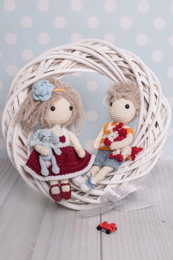 Wzór lala Lulu i Tete z króliczkiem- na szydełku, amigurumi
